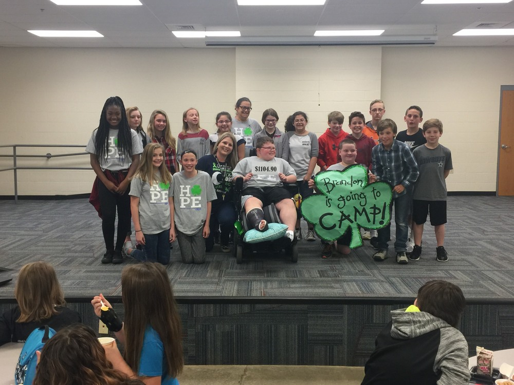 6th Graders Raise Money for Classmate